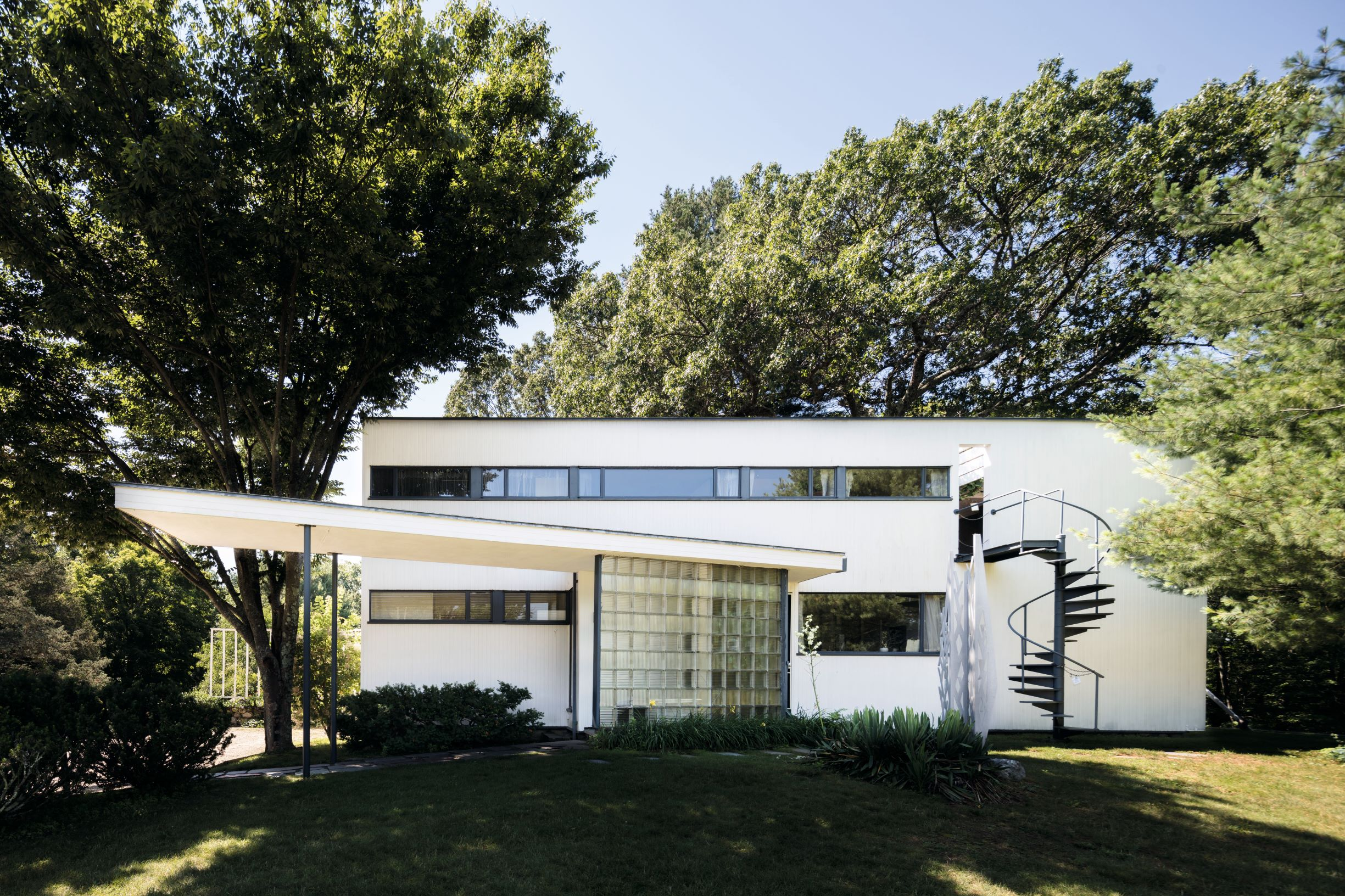 The Gropius House, as featured in Mid-Century Modern Architecture Travel Guide: East Coast USA