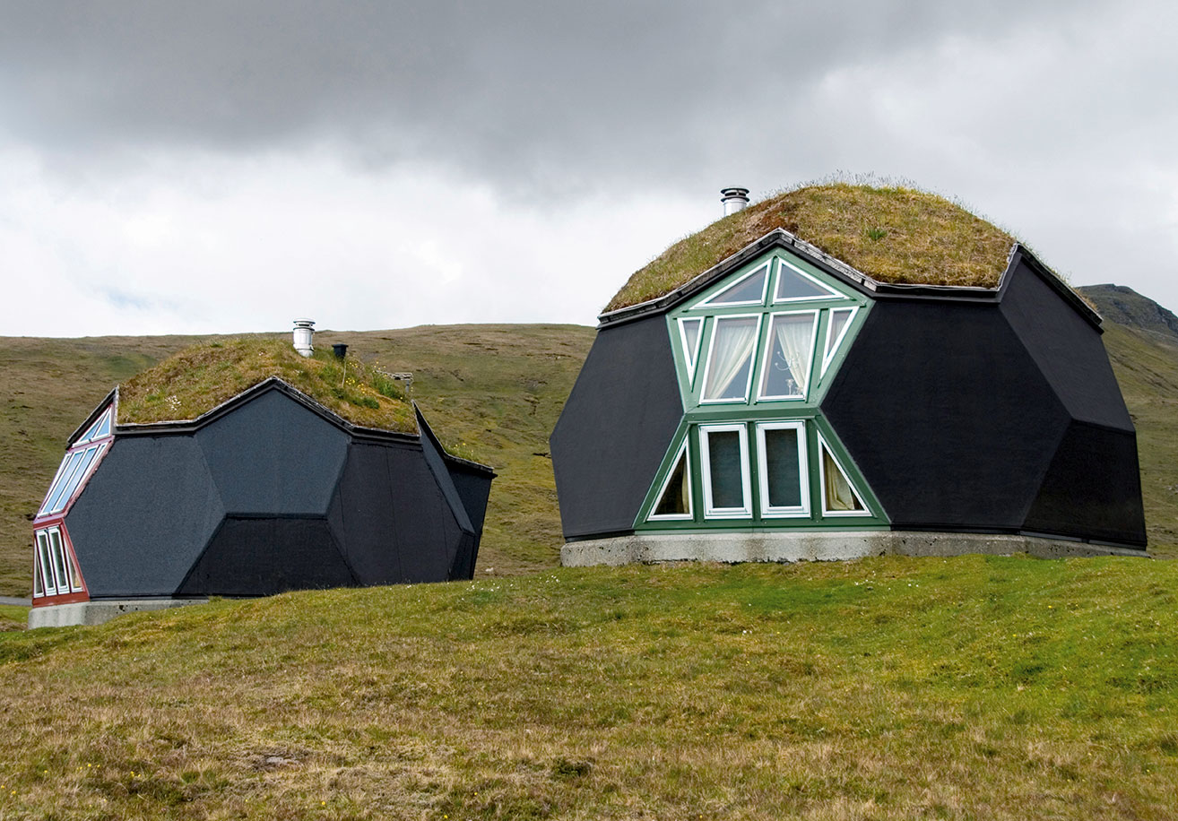 Kvivik Igloo, Kvivik, Faroe Islands, Denmark, 2000, Easy Domes Limited. From Black: Architecture in Monochrome