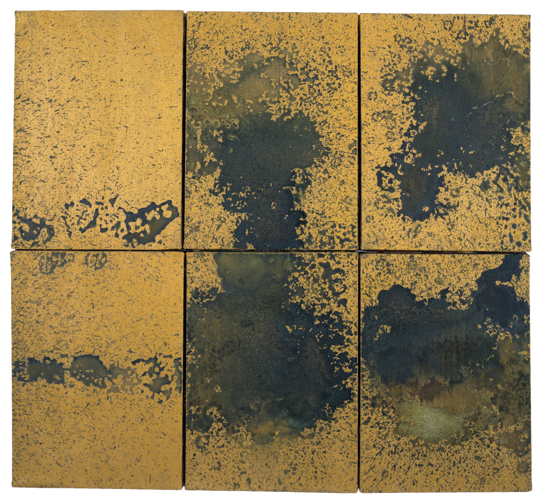 Andy Warhol, Oxidation, 1977–78, urine and metallic paint on linen, six canvases, 14 x 10 inches, each, 35.6 x 25.4 cm, each. Picture credit: Present location unknown © The Andy Warhol Foundation for the Visual Arts, Inc., NY, Photo by Phillips/Schwab