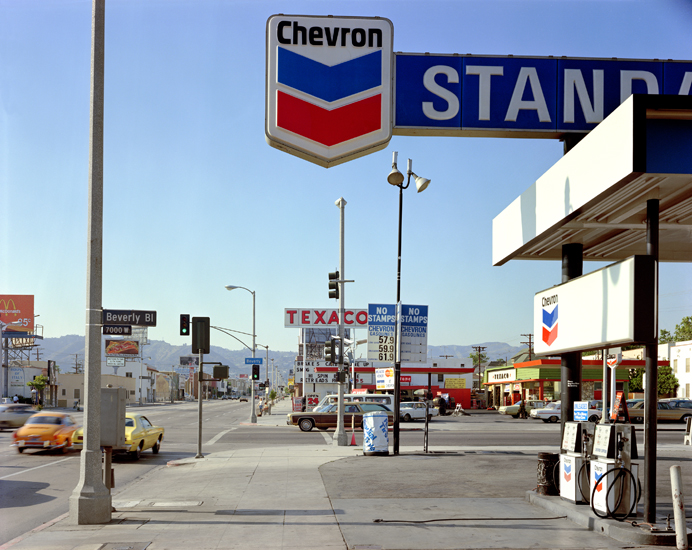 Stephen Shore, Beverly Boulevard and La Brea Avenue (21 June, 1975), Los Angeles, California, USA