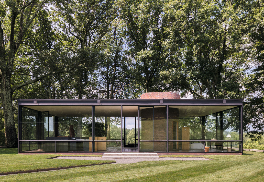 The Glass House, New Canaan, Connecticut, by Philip Johnson, as featured in Mid-Century Modern Architecture Travel Guide: East Coast USA. All photographs by Darren Bradley