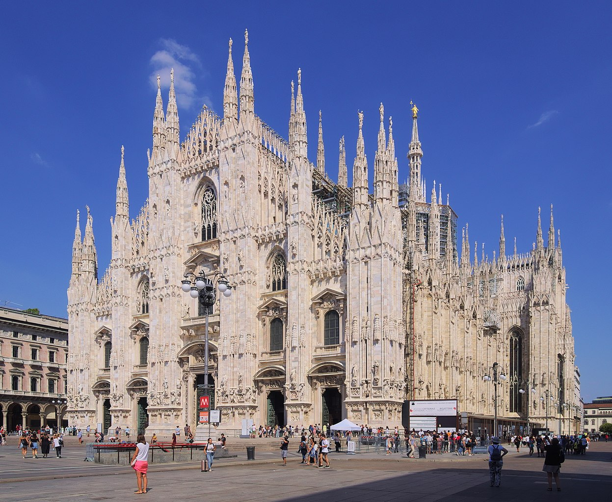 Milan Cathedral. Image courtesy of Wikimedia Commons
