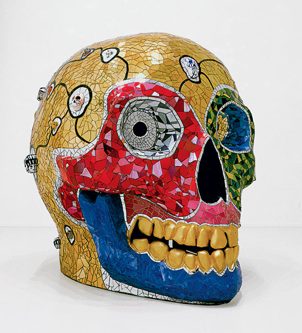 Skull (Meditation Room), 1990 Glass and mirror mosaic, ceramic, and gold leaf  230 x 310 x 210 cm Sprengel Museum, Hanover, Gift of the artist, 2000 © 2014, Niki Charitable Art Foundation, VEGAP, Bilbao  Photo: Michael Herling