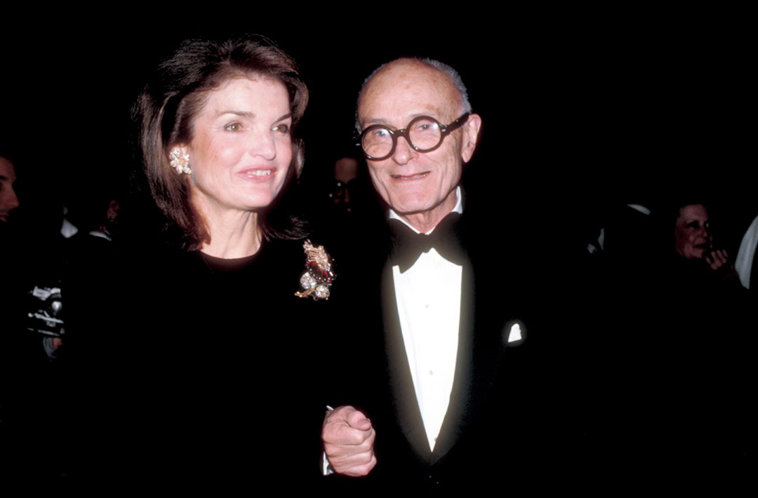 Philip Johnson with Jacqueline Kennedy Onassis, New York, December 1983. Harry Harris/AP/Shutterstock