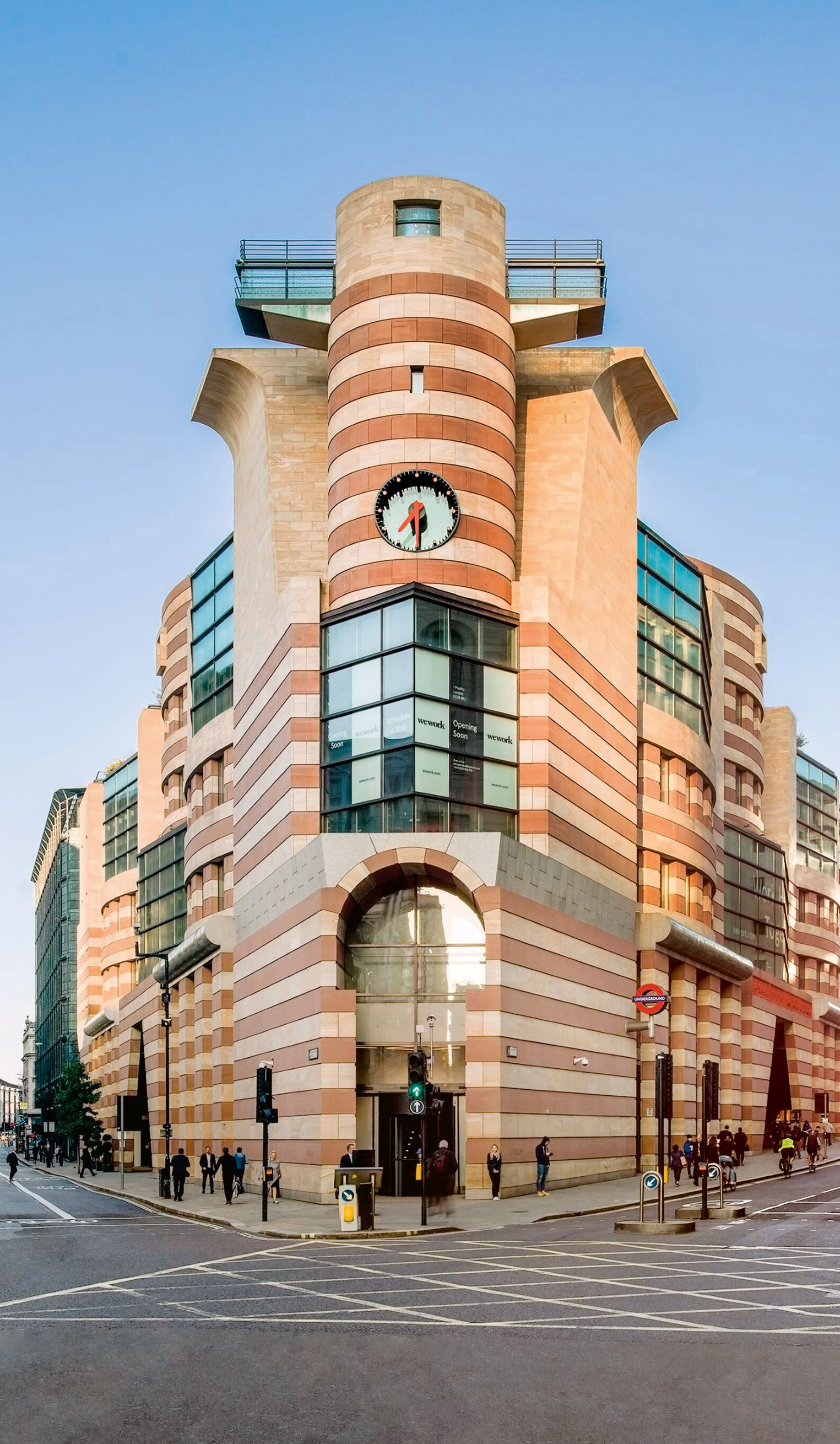 James Stirling, Michael Wilford and Associates: Number 1 Poultry, London, England, UK, 1997
