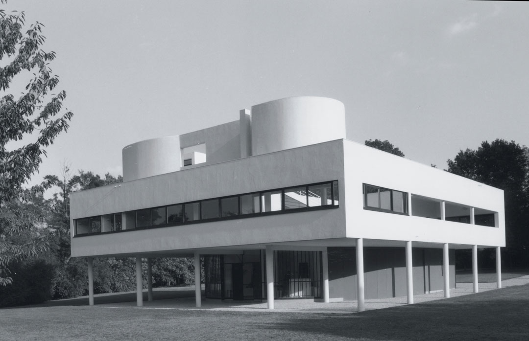 Villa Savoye, as reproduced in Le Corbusier Le Grand