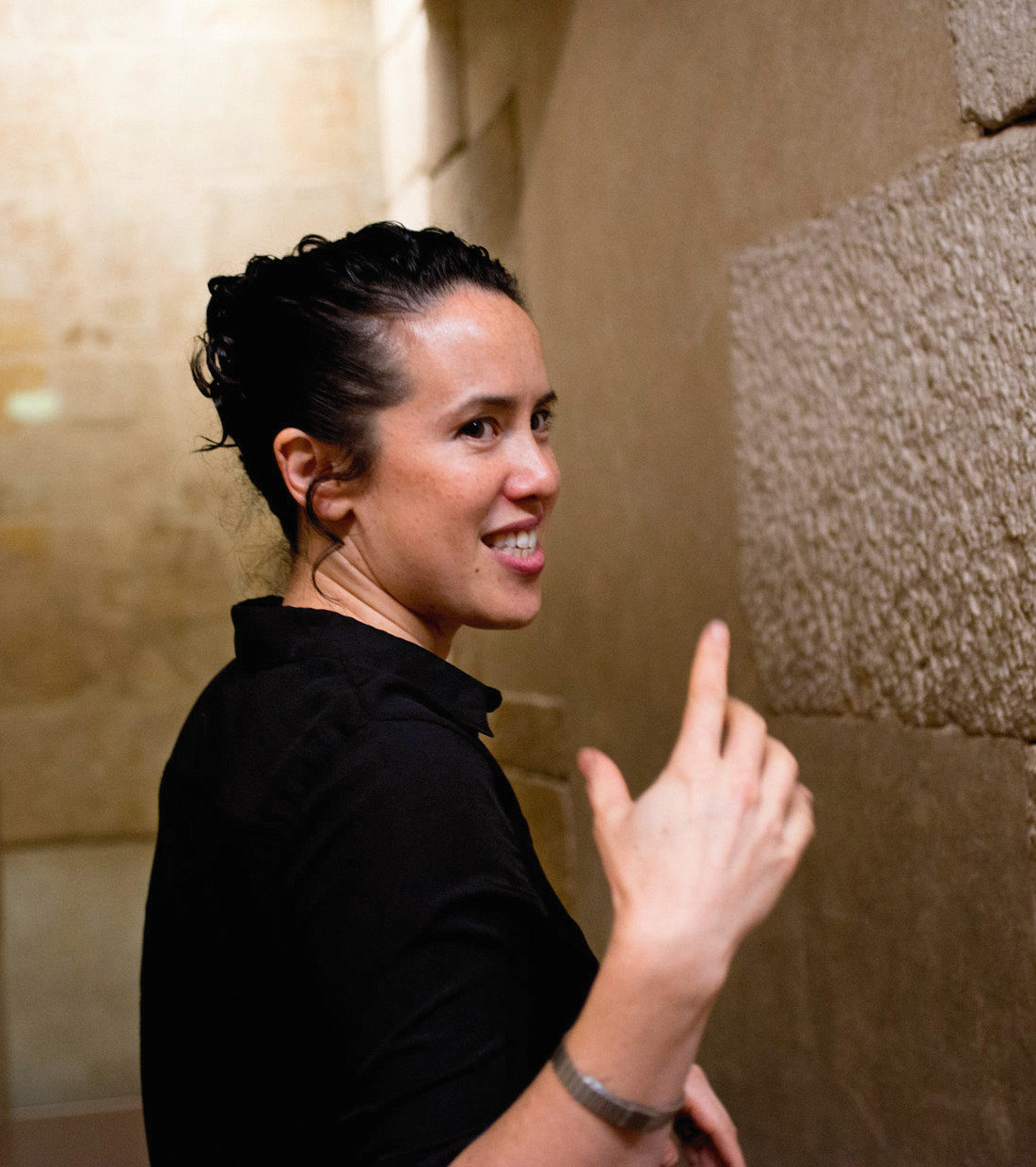Sarah Sze beside the Tomb of Perneb at the Metropolitan Museum. Photo by Jackie Neale/Kathryn Hurni © The Met