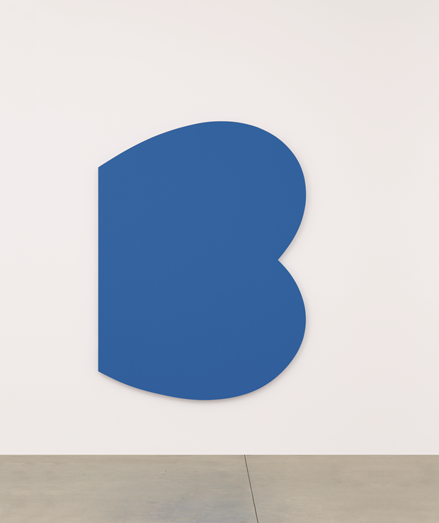 Blue Curves, 2009, oil on canvas, 80 x 59 3/4 inches, 203.2 x 151.8 cm Photo credit: courtesy Ellsworth Kelly Archives / photo: © Jerry L. Thompson. From Ellsworth Kelly