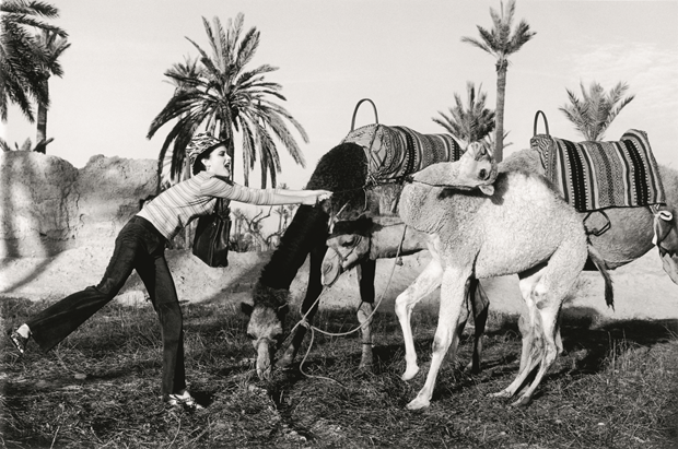Arthur Elgort: Shalom Harlow; hair, Didier Malige; makeup, Mary Greenwell; Morocco 1996. From Grace