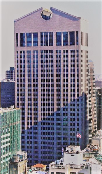 The AT&T Building, 550 Madison Avenue, 2007, by David Shankbone. Image courtesy of Wikimedia Commons