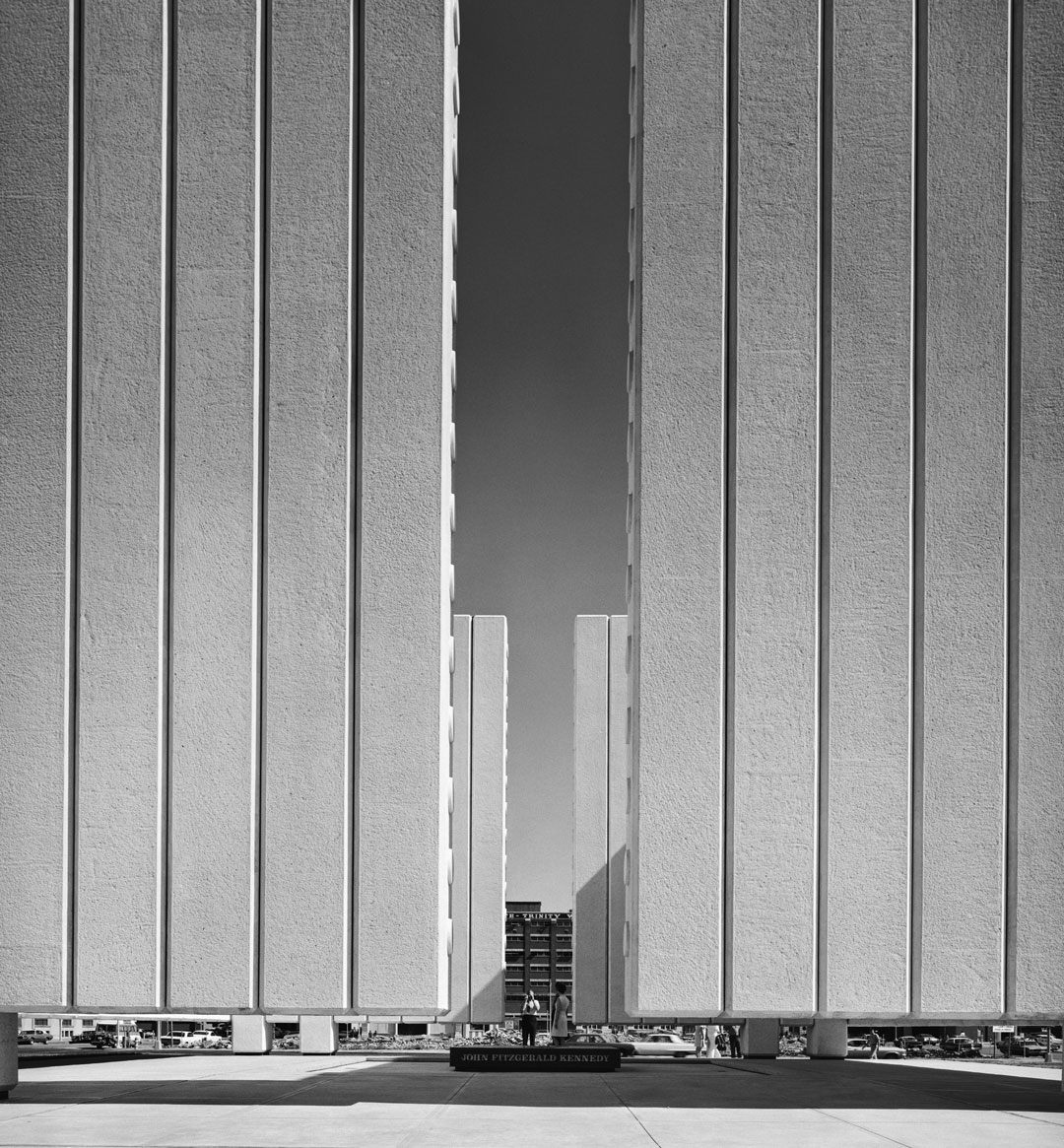 Ezra Stoller: Philip Johnson, John F. Kennedy Memorial Plaza (1970), Dallas, TX, 1970