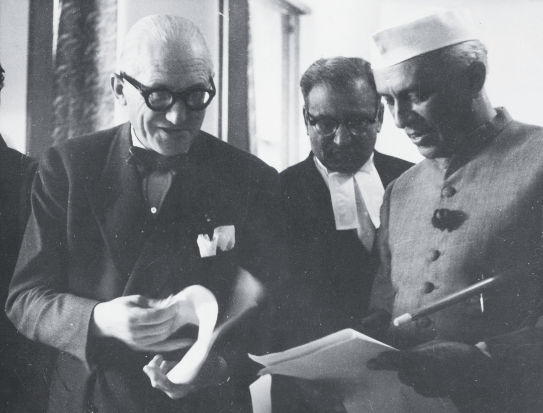 Le Corbusier with Jawaharlal Nehru in Chandigarh. Picture credit: courtesy Fondation Le Corbusier, Paris. As reproduced in Le Corbusier Le Grand