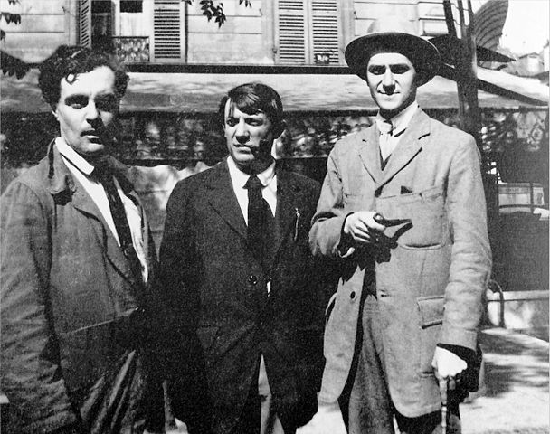 From left: Modigliani, Picasso and André Salmon in front the Café de la Rotonde, Paris. Image taken by Jean Cocteau in Montparnasse, Paris in 1916.
