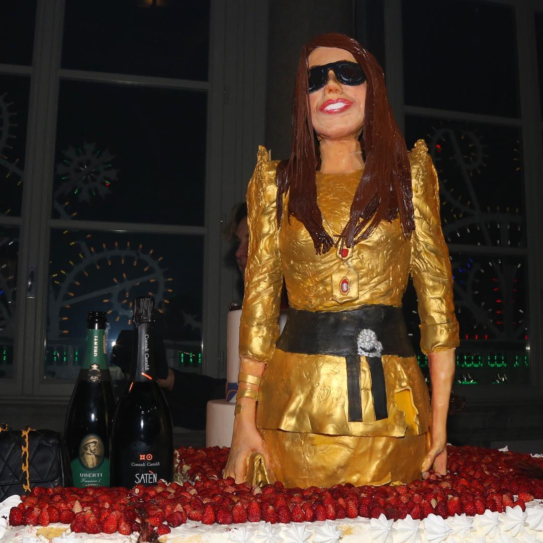 The remarkable Anna Dello Russo cake