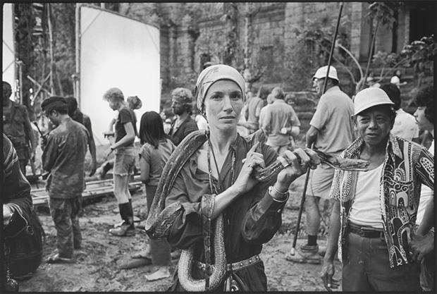 Mary Ellen Mark Seen Behind The Scene Photography Phaidon Store