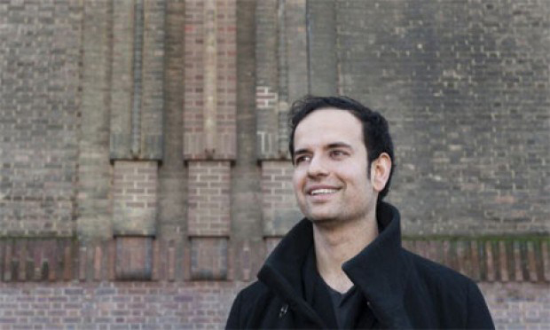 Tino Sehgal, outside The Tate Modern, London 2012