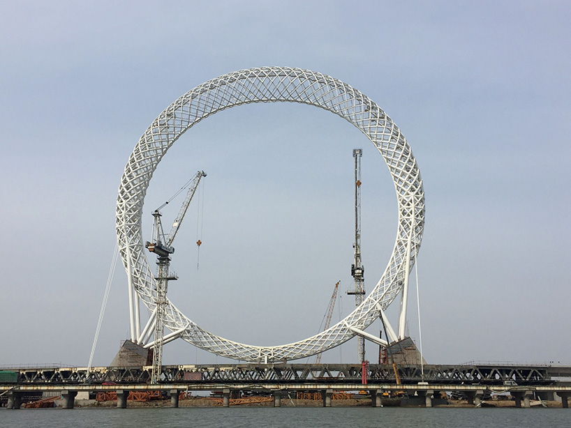Bailing River Bridge Spokeless Ferris Wheel - China Construction Sixth Engineering Division- image courtesy China Construction Sixth Engineering Division