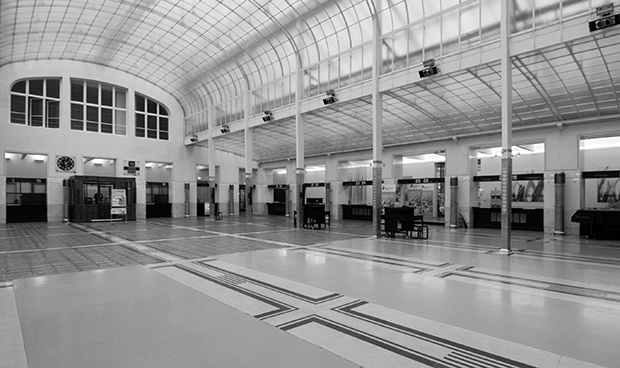 Otto Wagner Main counter hall of the Postparkasse as depicted in Art in Vienna 1898-1918