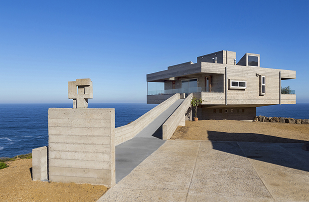 Casa Mirador by Victor Gubbins. Photography by Marcos Mendizabal