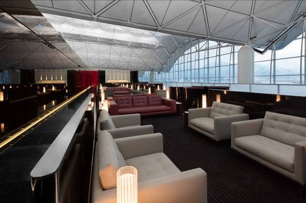 Cathay Pacific First Class lounge - Foster + Partners