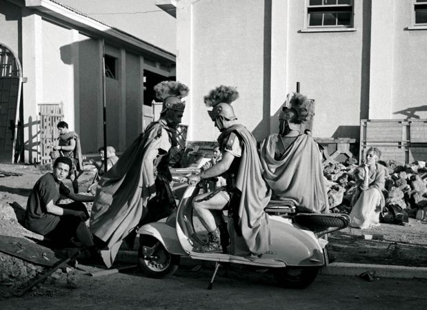 Period-drama extras in Cinecittà during its heyday