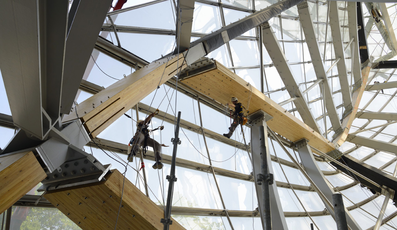 Construction work underway at Frank Gehry's Fondation Louis Vuitton, Paris