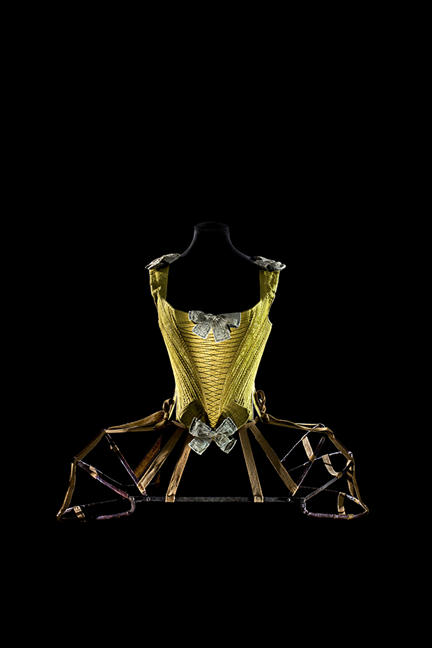 Corset with articulated pannier. France, ca. 1770. Iron covered with leather, fabric tape. Les Arts Décoratifs, depot du musée national du Moyen Âge Thermes et hotel de Cluny 2005. Photography by Patricia Canino
