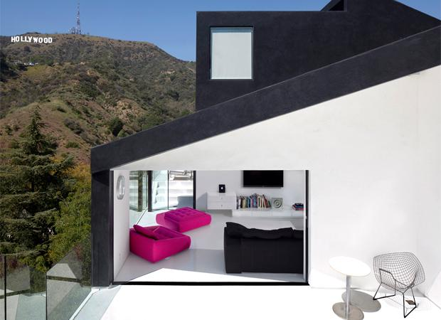 XTEN Architects' Nakahouse overlooks the Hollywood sign