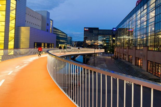 Copenhagen's orange bike highway