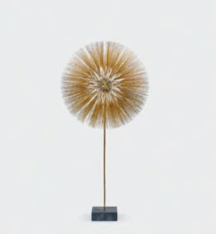 26 Untitled (dandelion), 1964. Gilt stainless steel, brass, and slate. 86 x 41 in. (218.4 x 104.1 cm). Images courtesy and copyright © 2019 Estate of Harry Bertoia / Artists Rights Society (ARS), New York/ Images courtesy of Wright.