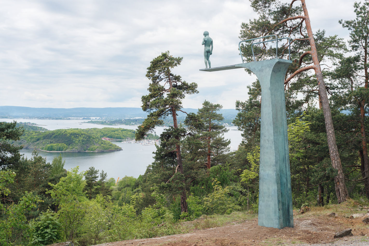 Dilemma, 2017, by Elmgreen & Dragset, Ekebergparken, Oslo, Norway