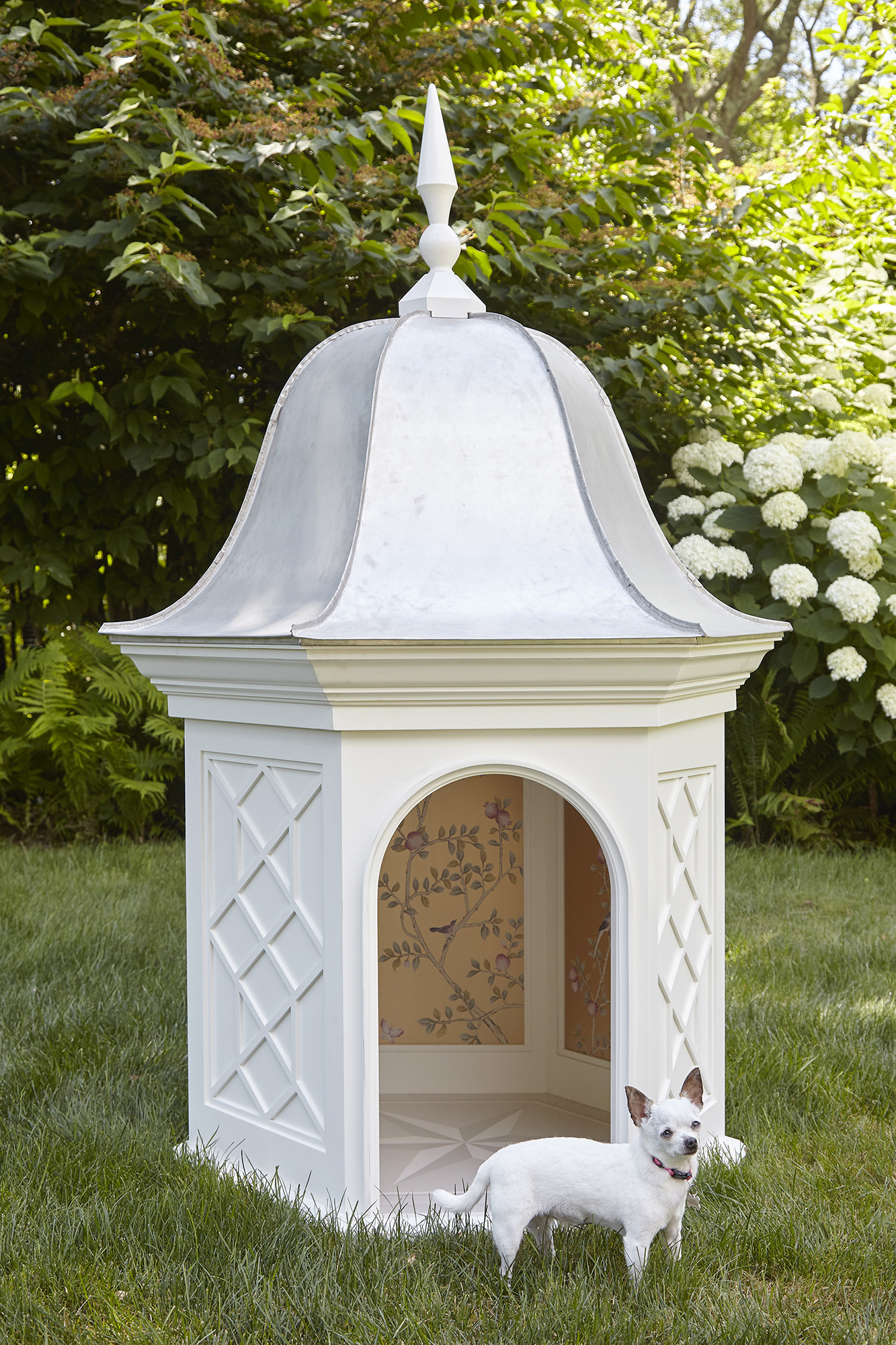 These Hamptons dog houses help NY's rescue mutts