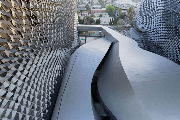 Emerson College Los Angeles - Morphosis photo by Iwan Baan
