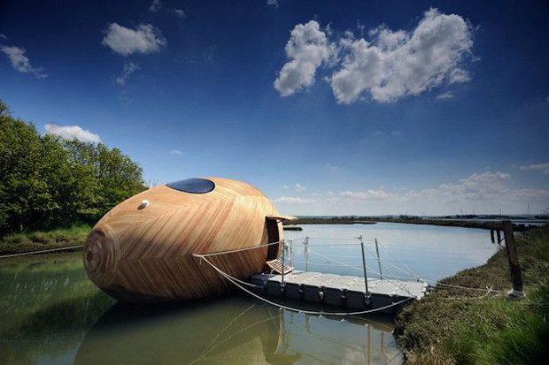 Exbury Egg, PAD Studio, SPUD Group, and Stephen Turner, 2013, Beaulieu River, Hampshire, UK. Photo by Nigel Rigden