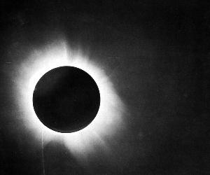 The eclipse that proved Einstein was right - 100 years ago
