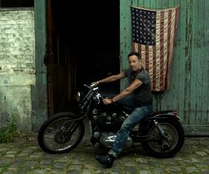Bruce Springsteen, Annie Leibovitz and Independence Day