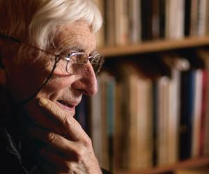 Get to know Tomi Ungerer in five images