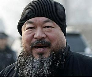 Ai Weiwei new video art shot on public bus in China