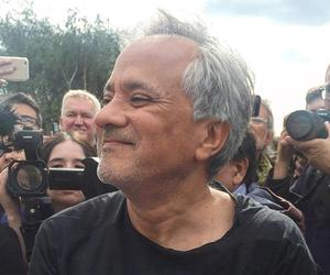 Anish Kapoor gives $1 million to help refugees