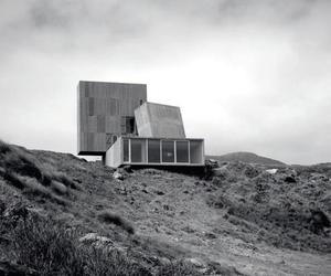 Alejandro Aravena's brutal beach house is for sale