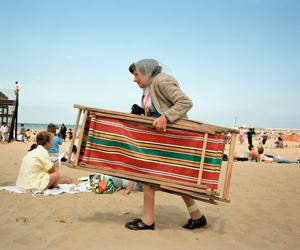 Martin Parr and friends go down to the beach - again