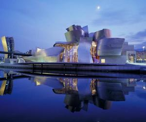 Buildings that changed the world - The Guggenheim Museum, Bilbao