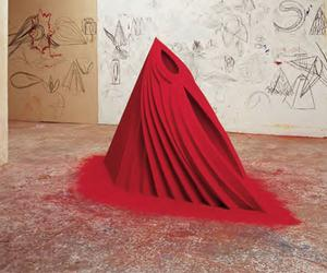 What is it with Anish Kapoor and Red?
