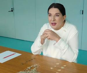 Why is Marina Abramović counting out rice and lentils?