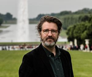 """What is the size of 'we'?"" – Olafur Eliasson on public art, building bridges, and his Experience of togetherness"