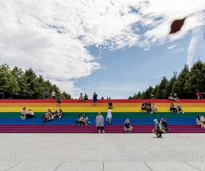 Pride flag adorns the steps of Louis Kahn's Four Freedoms Park