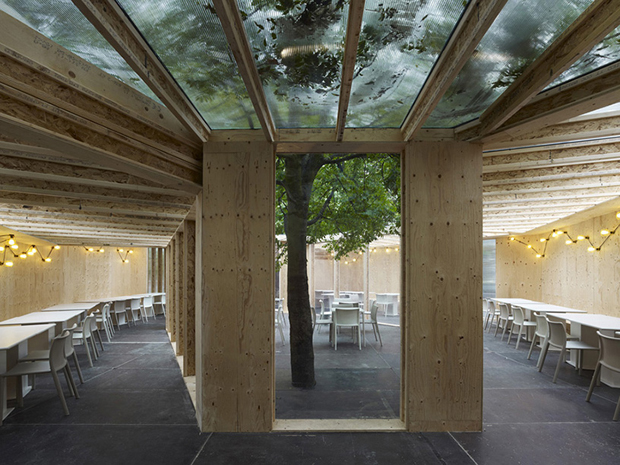 Carmody Groarke's pavilion for The Frieze Art Fair