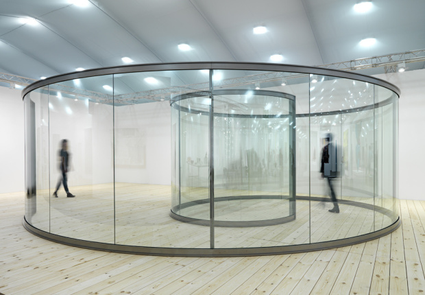Groovy Spiral (2013) one of Dan Graham's pavilions. Image courtesy of the Lisson Gallery
