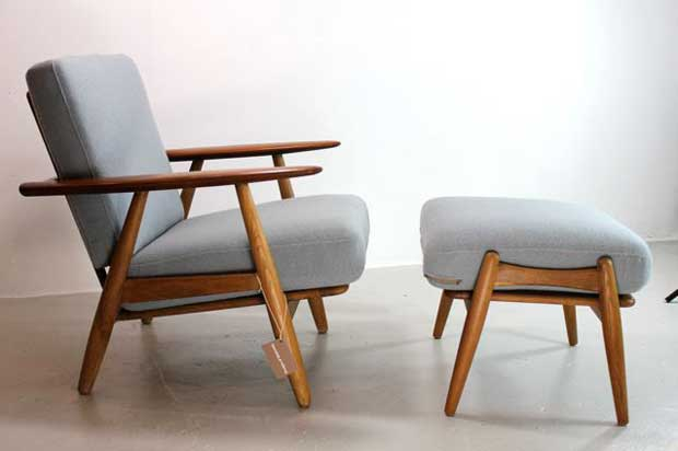 Superbe Cigar Chair And Footstool   Hans J Wegner