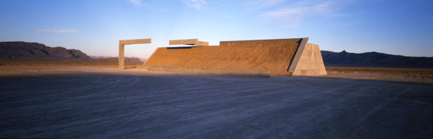 City by Michael Heizer. Photos: Tom Vinetz/© Triple Aught Foundation